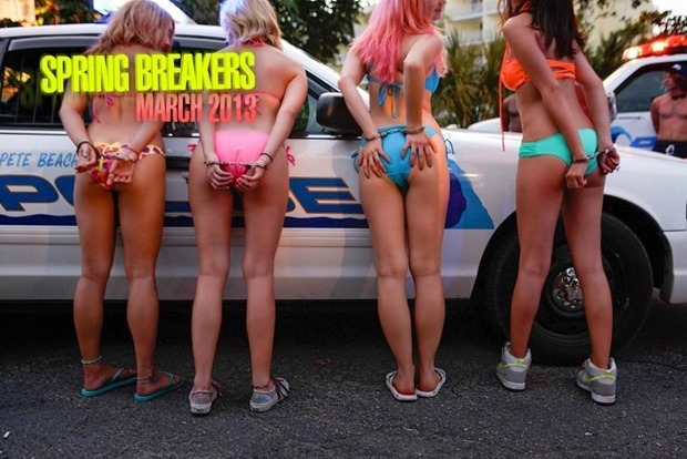 spring-breakers-Vanessa-Hudgens-Selena-Gomez-Ashley-Benson-Rachel-Korine-8